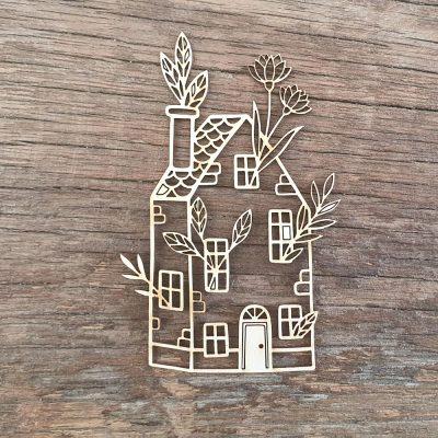 Maison-fleurie decoupe carton bois